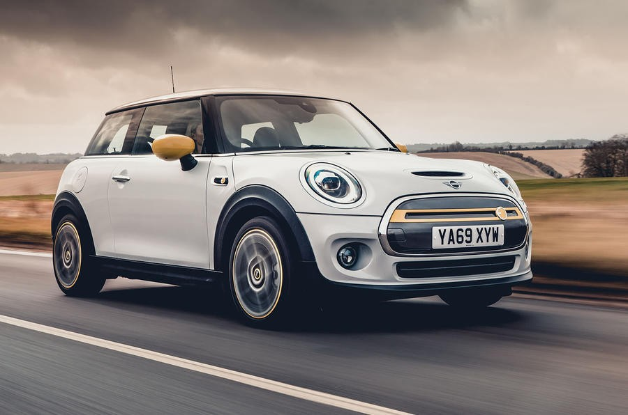 5 Best Small Electric Cars for Your City Trips